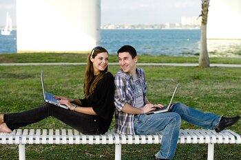 dating online ltd dating și intimitate în secolul xxi